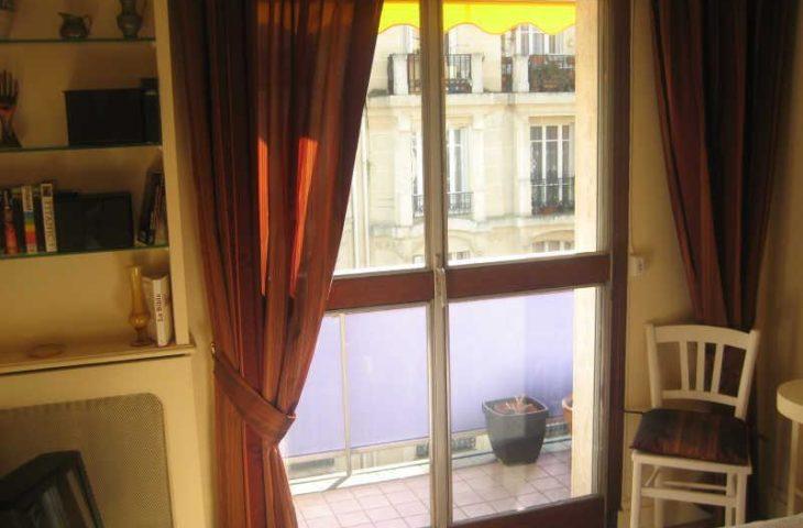 APPARTEMENT MEUBLE PARIS 09